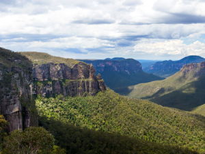 Rights of nature laws are key to protecting Blue Mountains: Greens candidate